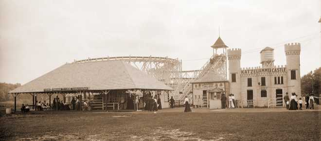 Katzenjammer Castle and toboggan, Wildwood, White Bear Lake, Minnesota, 1906