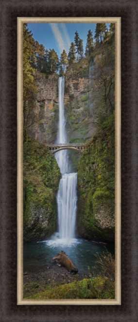 Multnomah Falls by Charles Wollertz
